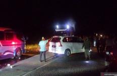 Ratusan Kendaraan Tertahan Enam Jam di Jalan Padang-Solok - JPNN.com