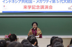 Berorasi Ilmiah di Jepang, Bu Mega Tawarkan Pancasila untuk Solusi Post-Truth - JPNN.com
