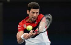 Sempat Berpesta Sambil Buka Baju, Novak Djokovic Positif COVID-19 - JPNN.com