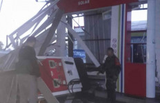 SPBU di Tol Cipali Disapu Angin Kencang, Begini Kondisinya - JPNN.com