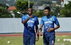 Dua Pemain Asal Brasil Akan Mengisi Lini Depan Persib Bandung - JPNN.com