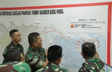 Kasum TNI Cek Kekuatan Prajurit di Perbatasan Malaysia - JPNN.com