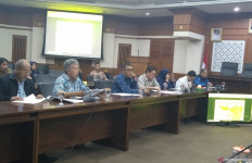 DPRD DKI Cecar Anak Buah Anies yang Sempat Diperiksa Polisi Gegara Banjir - JPNN.com