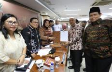 DPD RI Dorong Koperasi dan UMKM Tingkatkan Daya Saing Produk - JPNN.com