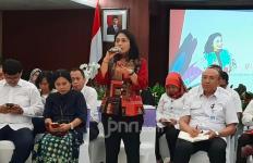 Menteri Bintang Pastikan Ada Tempat Khusus Ibu Menyusui di Pengungsian Banjir - JPNN.com