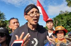 Abu Janda Tuding Anies Baswedan Pencitraan untuk Pilpres 2024 - JPNN.com