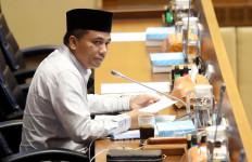 Kasihan 51 Ribu Honorer K2, DPR Desak Presiden Segera Teken Perpres PPPK - JPNN.com