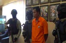 Pria Bejat Tak Tahu Malu, Sebar Foto Selingkuhan Tanpa Busana ke Medsos - JPNN.com