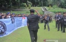 Roy Suryo Laporkan Sunda Empire ke Polisi - JPNN.com