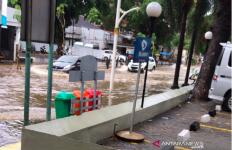 Hujan Deras Dini Hari, Tiga Wilayah Jakarta Ini Masih Tergenang - JPNN.com