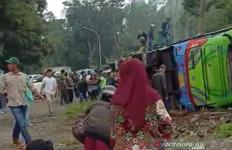 Korban Tewas Kecelakaan Maut di Subang Bertambah Menjadi Delapan Orang - JPNN.com