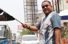 Rano Karno Beber Sulitnya Menulis Cerita Flm Si Doel - JPNN.com