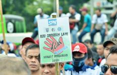 Hari Ini KSPI Kembali Geruduk Gedung DPR, Ini Tuntutannya - JPNN.com