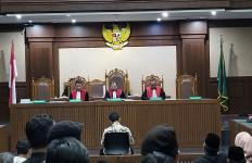 Mantan Ketum PPP Romahurmuziy Divonis Lebih Rendah dari Tuntutan Jaksa KPK - JPNN.com