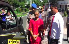 Sakit Hati Sering Diejek, Balas Dendam Bakar Mobil Tetangga - JPNN.com