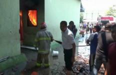 Pondok Modern Gontor Terbakar Diduga Akibat Korsleting Listrik - JPNN.com