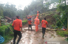 Desa Pasiralam Tasikmalaya Rawan Bencana Longsor - JPNN.com