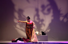 Whani Darmawan Bangga Terlibat Teater Panembahan Reso yang Dipentaskan Malam Ini - JPNN.com