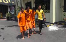 Tiga Pelaku Begal Sadis Ini Sering Menunggu Perempuan yang Berjalan Sendirian - JPNN.com