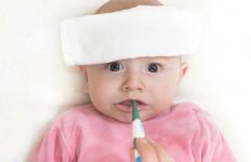Anak Demam Pasca-Imunisasi? Anggota IDI Bilang Begini  - JPNN.com