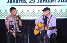 Soal Yang Satu Ini, Iwan Fals Puji Kapolri Idham Azis - JPNN.com