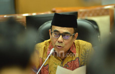 Menag Fachrul Razi Positif Covid-19, Ali Taher Tunda Keberangkatan ke NTT - JPNN.com
