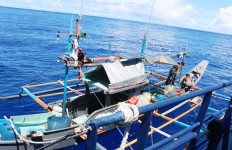 KKP Tangkap Kapal Asing Ilegal Asal Filipina di Perairan Sulawesi - JPNN.com