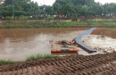 Kronologis Bocah 11 Tahun Tenggelam di Kali Pesanggrahan - JPNN.com