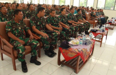 Personel Lanal Batuporon Terima Sosilisasi Pengamanan Daerah Objek Vital - JPNN.com