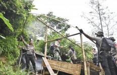 600 Petugas Tutup 23 Lubang Penambangan Emas Ilegal di Gunung Pongkor - JPNN.com