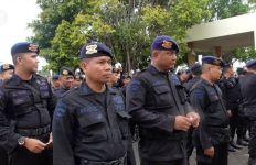Polda Kepri Kirim 117 Personel Brimob ke Natuna - JPNN.com