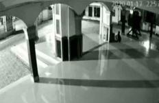 Masih Muda Kok Kerjanya Mencuri Uang di Kotak Amal Masjid - JPNN.com
