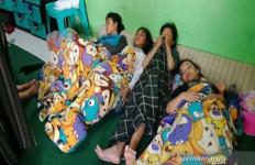 Ya Tuhan, Anak-anak Panti Asuhan Keracunan Makanan Sisa Katering Hajatan - JPNN.com