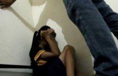 Dicabuli Tiga Pria Bejat, Gadis 16 Tahun Alami Trauma Berat hingga Konsumsi Obat Penenang - JPNN.com