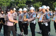 16 Anggota Polda Jawa Barat Dipecat dengan Tidak Hormat - JPNN.com