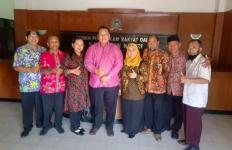 DPRD Dukung Honorer K2 Jadi PNS Tanpa Tes - JPNN.com