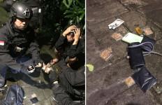 Gerombolan Pemuda Bawa Tembakau Gorila di Depan Kantor Kejaksaan Agung - JPNN.com