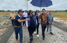 Jelang Kedatangan Presiden Jokowi, Ketua HPN 2020 Auri Jaya Konpers Bersama Menteri Siti - JPNN.com