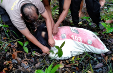 Mayat Perempuan dalam Karung Ditemukan di Perbatasan Indonesia-Malaysia - JPNN.com