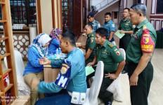 Prajurit Lanal Malang Donor Darah untuk Kemanusiaan - JPNN.com