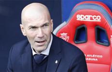 Zidane Beri Hadiah Tak Terduga Buat Real Madrid - JPNN.com