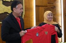 Piala Gubernur Jatim: Khofifah Minta Seluruh Tim Bermain Sportivitas - JPNN.com