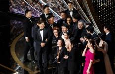 Raih Piala Oscar, Parasite Catat Sejarah - JPNN.com