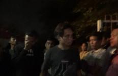Lima Pria dan Satu Perempuan Digerebek Saat Asyik Berbuat Terlarang di Rumah - JPNN.com