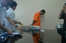 Tepergok Berbuat Terlarang di Parkiran Tango Hostel, Oknum PNS Kementerian PUPR Diciduk Polisi - JPNN.com