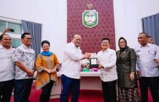 Ketua DPD RI Berkunjung ke Masjid Tertua dan Istana Kedatuan Luwu Palopo - JPNN.com