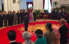 Presiden Jokowi Resmi Lantik Laksdya Aan Kurnia Jadi Kepala Bakamla - JPNN.com