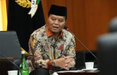 Ustaz HNW Minta Evakuasi WNI di Kapal Pesiar Diamond Princess Pakai Pesawat - JPNN.com