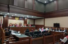 Wawan Minta Majelis Hakim Bebaskan Aset Pihak Ketiga yang Disita KPK - JPNN.com