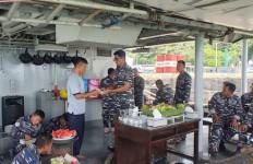 Mempererat Hubungan dengan Prajurit, Komandan KRI Nala-363 Gelar Syukuran - JPNN.com